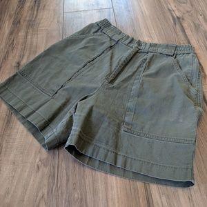 Vtg Army Green Highwaisted Shorts